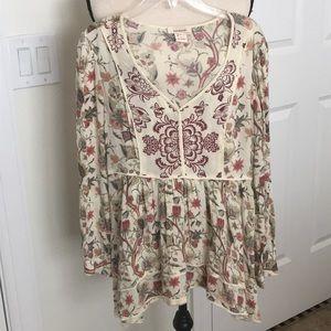 Adorable Boho Sundance blouse